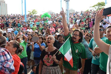 festival mexico mexican pride blankets penn s landing al d 205 a news
