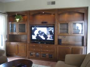 Living Room Ideas With Entertainment Center Entertainment Centers And Wall Units Traditional