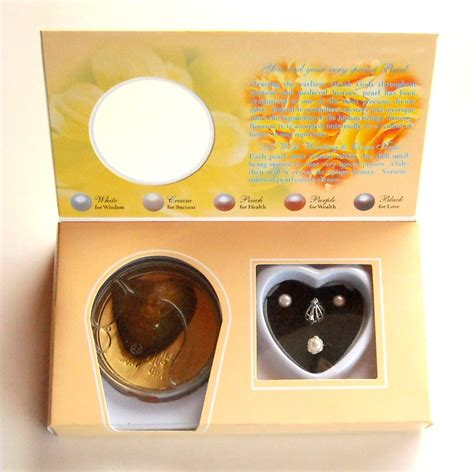 dong hui dong hui natural freshwater pearl make a wish beige gift set