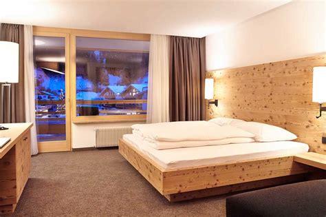 camere da letto rustiche matrimoniali camere da letto falegnameria val gardena falegnameria
