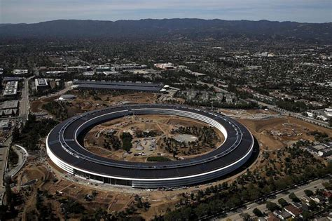 new apple headquarters some apple employees may quit new open office floor plan houston chronicle