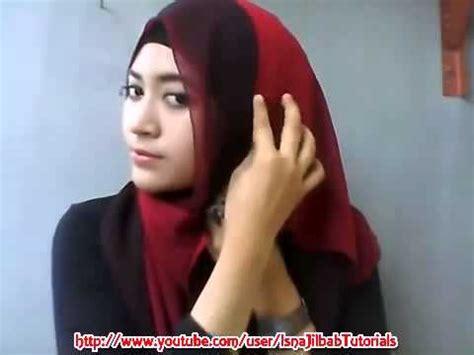 tutorial jilbab pashmina natasha farani cara memakai jilbab pashmina twotone untuk sehari hari