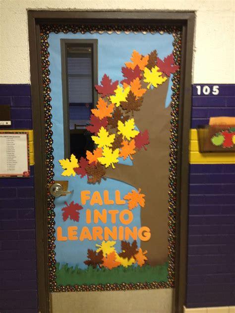 fall classroom door mrs tammy s class