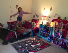 Monster High Bedroom Decorating Ideas by Monster High Room For Emery Pinterest