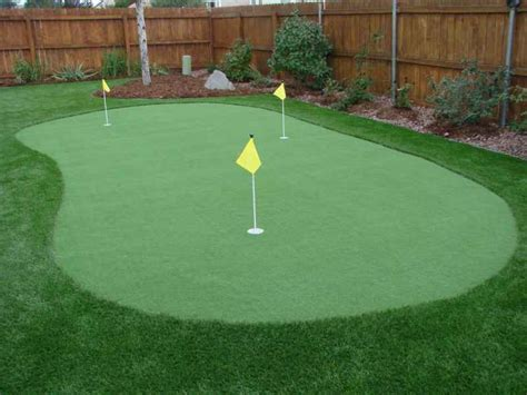 how to make a putting green in backyard golf putting and chipping greens four seasons landscaping