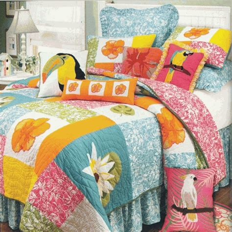 Tropical Quilts by Kahala Hawaiian Quilt