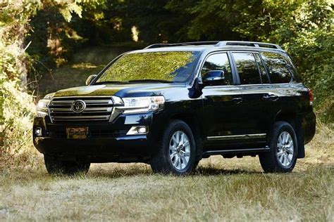 Is Lexus Better Than Toyota 2016 Toyota Land Cruiser Vs 2016 Lexus Lx 570 What S The