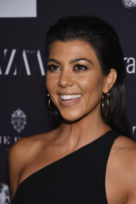 Kourtney Hairstyles by Kourtney Cut Hair Lookbook