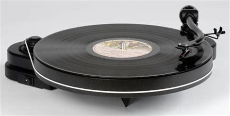 minimalist turntable pro ject s minimalist genie 2 vinyl turntable tech digest