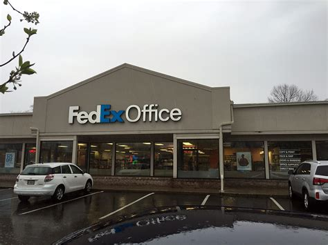 fedex office print ship center indianapolis in