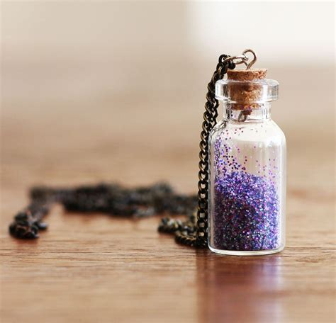 diy bottle necklace