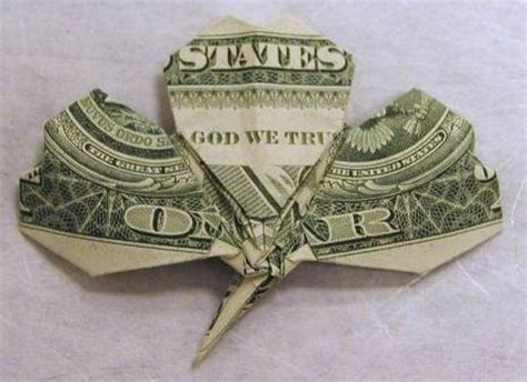 Money Origami Shamrock - how to fold a shamrock from a dollar bill curbly