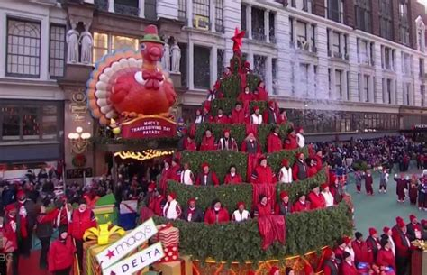 singing christmas tree   macys thanksgiving day parade   special connection  hauula