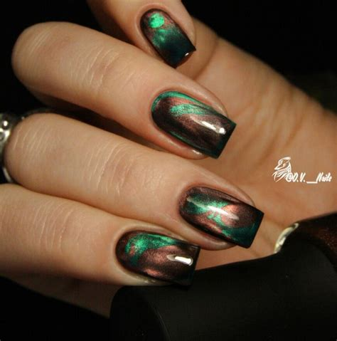 Gel Magnetic magnetic nail design