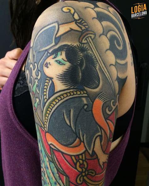 tattoo geisha hombro tatuajes en el hombro tatuajes para hombre y mujer en