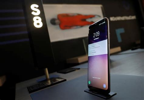 Samsung S8 Feb 2018 galaxy s9 news on reviews confirm rumored features