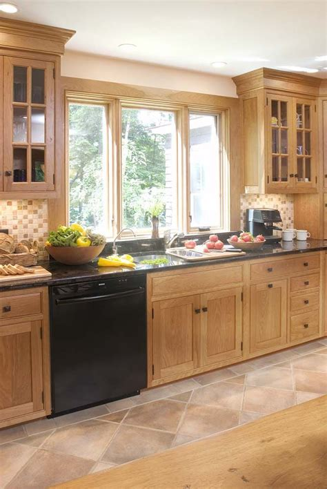 natural pine kitchen cabinets best 25 pine kitchen cabinets ideas on pinterest colored kitchen cabinets navy kitchen