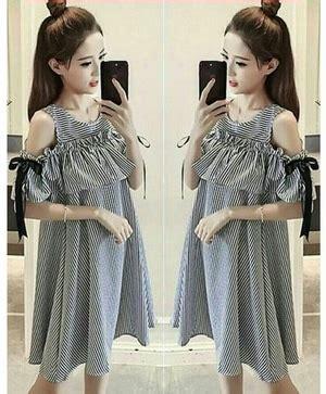 Mini Kinan Hitam Salur Putih baju mini dress pendek wanita desain bahu bolong motif