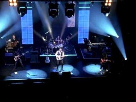 Manda Maroon 225 manda una senal musica