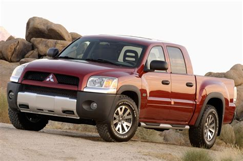 how does cars work 2007 mitsubishi raider free book repair manuals 2007 mitsubishi raider vin 1z7ht28k07s265953 autodetective com