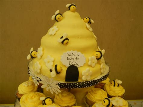 Bees Baby Shower Theme by Bee Theme Baby Shower Cake Cakecentral