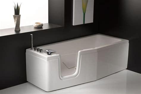 vasche da bagno con porta vasca da bagno salvaspazio con sportello quot compact