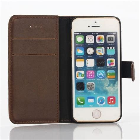 Iphone 5 Book Iphone 5 retro book iphone 5 se donkerbruin gsm hoesjes be