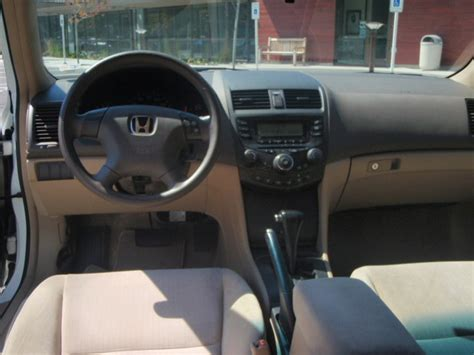 2004 Honda Accord Lx Interior by 2004 Honda Accord Interior Pictures Cargurus