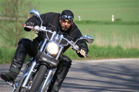 Was Kostet Versicherung Für Motorrad by Gnstige Versicherung Motorrad Motorrad Versicherung Kosten