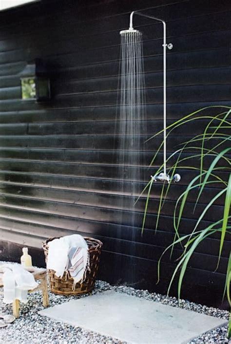 outdoor shower pics redirecting