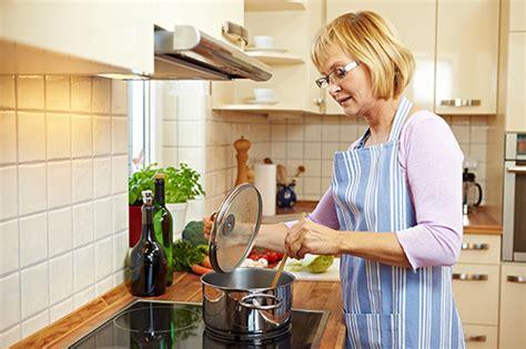 kitchen layout ideas the kitchen work triangle topline ie