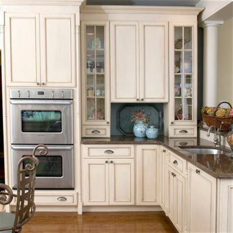 cream glazed kitchen cabinets cream glazed kitchen cabinets