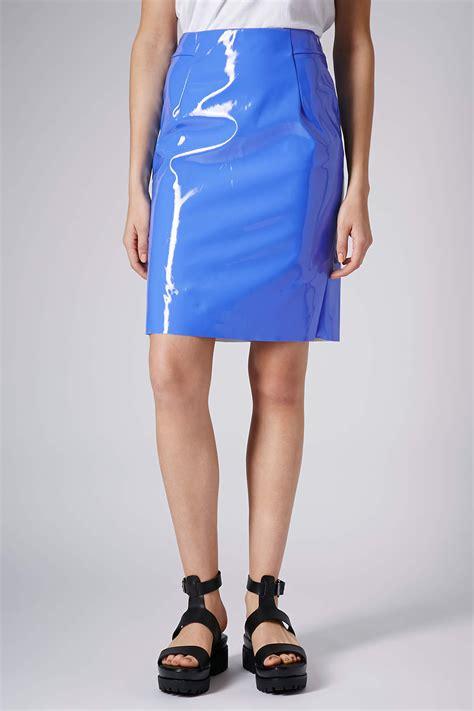 topshop tab detail vinyl pencil skirt in blue lyst