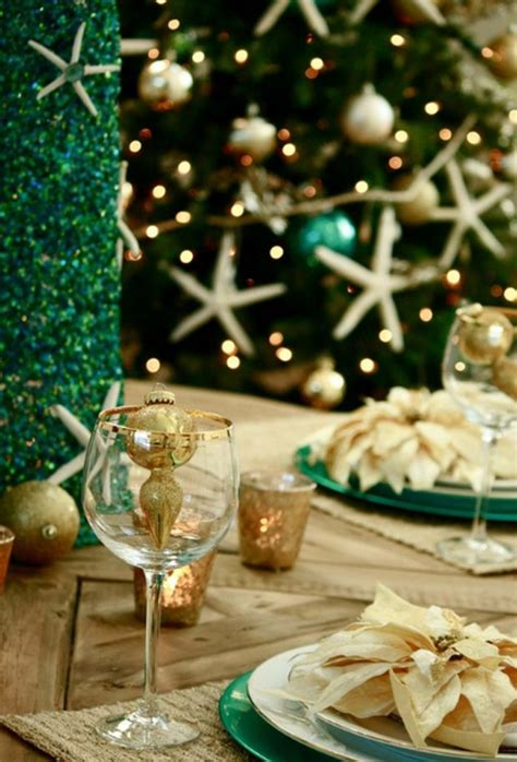 most amazing table setting with christmas tree