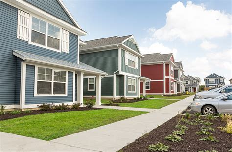 grand dorms apartments townhomes in allendale michigan grand