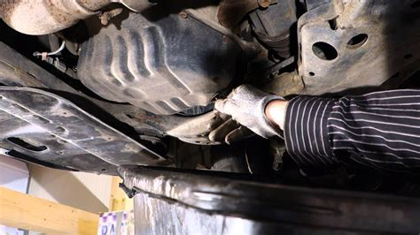 replace engine oil  filter toyota camry vvt