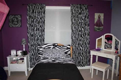 leopard print wallpaper for bedroom pink zebra print wallpaper for bedroom home pleasant