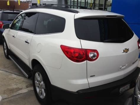 find  awd dr suv   row seat cddvd player running boards  san mateo california