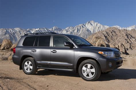 land cruiser 2015 2015 toyota land cruiser pictures photos gallery the car