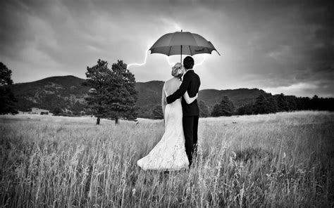 black and white couple wallpaper black and white photography love www pixshark com