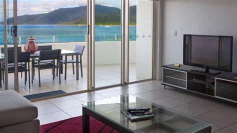 cairns 2 bedroom apartments 2 bedroom ocean front apartments waters edge cairns