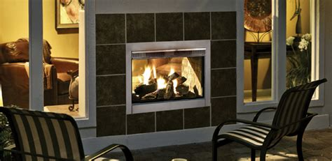 Inside Outside Fireplace by Best Of Both Worlds Indoor Outdoor Fireplace Harman