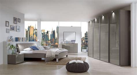 modernes schlafzimmerdekor modernes schlafzimmer dekor mit schwebet 252 renschrank dilly