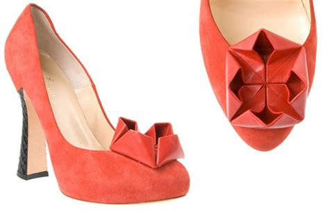 How To Make Origami Shoes - beatrix ong oru suede pumps with origami gt shoeperwoman