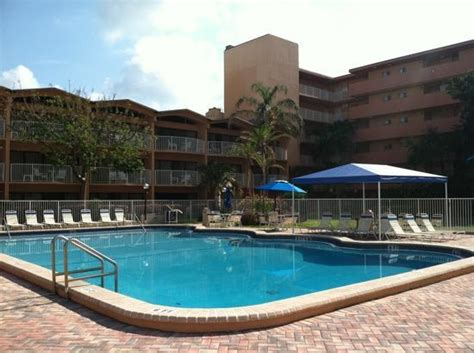 canada house beach club main pool picture of canada house beach club pompano beach tripadvisor