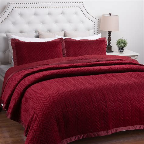 leaf pattern bedspread burgundy bedding curtains ease bedding with style