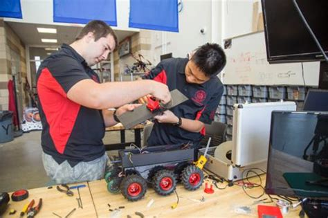 design lab early college cleveland ohio high school senior is student volunteer and ge engineer