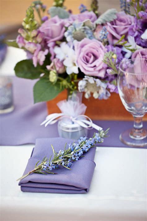 stunning wedding centerpiece ideas with chic purple hue
