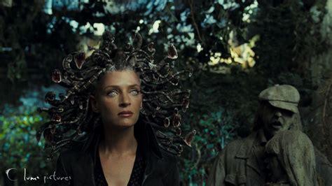 film poseidon adalah medusa wanita malang yang dikutuk athena serba serbi