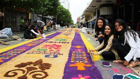 participa en la elaboracion de la alfombra mas larga en guatemala